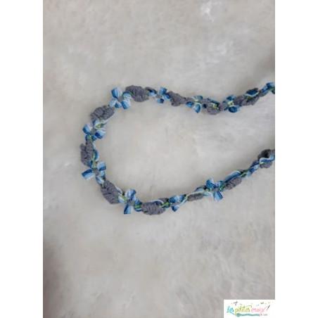 Ruban fleurs bleu gris